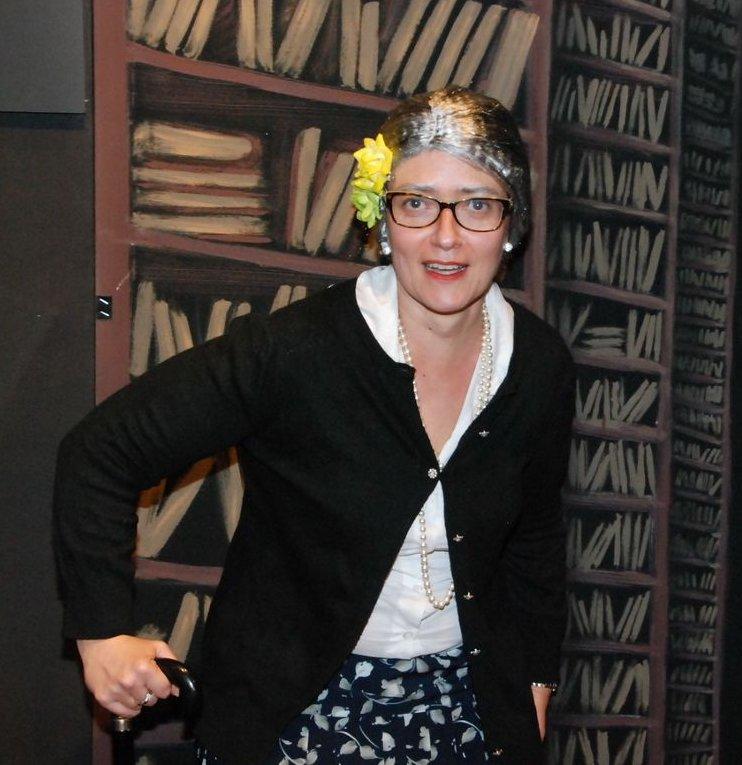 ERMINIA, la zitella col bastone (Laura Mengoli)